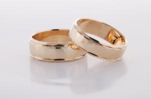 Geel gouden ringen bewerkt 6
